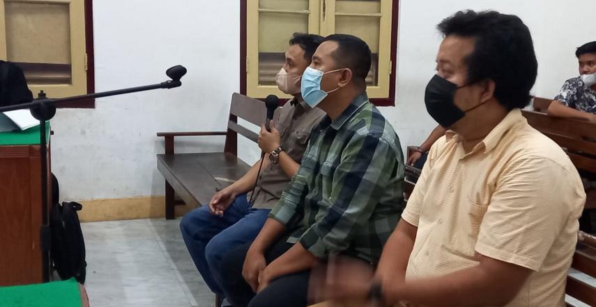 Sidang lanjutan perkara korupsi terkait pekerjaan Peningkatan Ruas Jalan Lingkar Utara Kota Tanjungbalai TA 2018 dengan tiga terdakwa, Jumat petang (15/10/2021), kembali berlangsung alot di Cakra 8 Pengadilan Tipikor Medan.