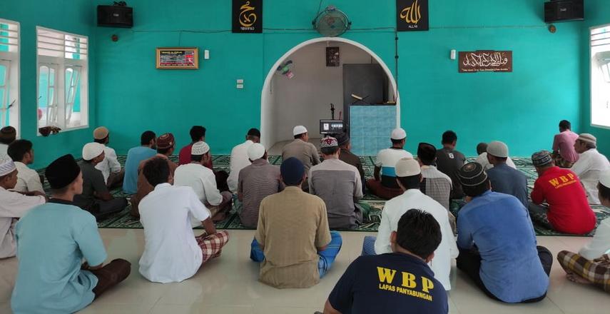 pembinaan kepribadian Agama Islam